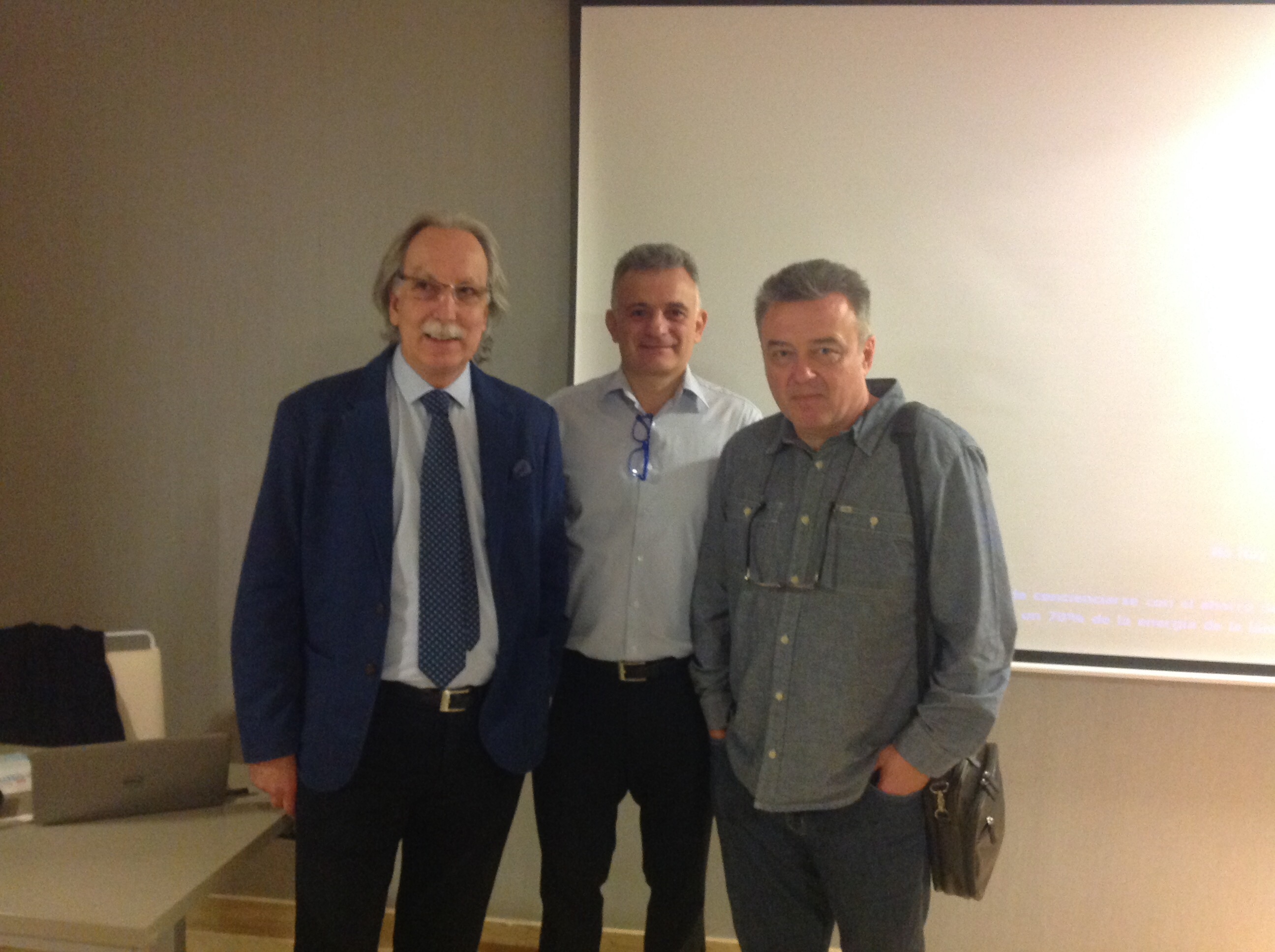 Curso Dr.VITOMIR S.KONSTANTINOVIC. STRATEGIC IMPLANTS® con DR REY, Implantes en Madrid.
